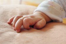 În România, unul din zece copii se naşte prematur şi are nevoie de asistenţă medicală adecvată
