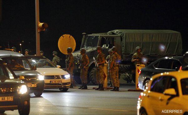 ALERTĂ-Turcia-Insecuritatea-va-continua-în-următoarele-24-de-ore-dar-puciul-va-fi-dejucat-oficial-de-rang-înalt-foto-video-5