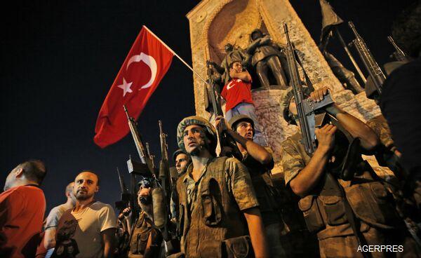 ALERTĂ-Turcia-Insecuritatea-va-continua-în-următoarele-24-de-ore-dar-puciul-va-fi-dejucat-oficial-de-rang-înalt-foto-video