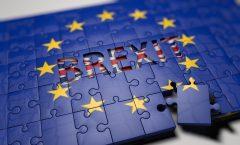 Acordul privind Brexit-ul generează reacţii mixte în presa britanică şi europeană