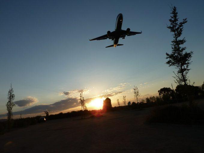 Activitatea pe aeroportul din Barcelona revine încet la normal