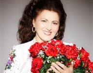 Alături de cine a format Irina Loghin un mult apreciat duet muzical folcloric?