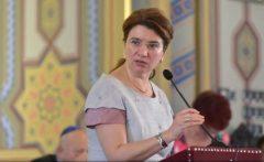 Andreea Păstârnac: Finanțări nerambursabile pentru media, bloguri sau ONG-uri, pentru păstrarea identității lingvistice a românilor