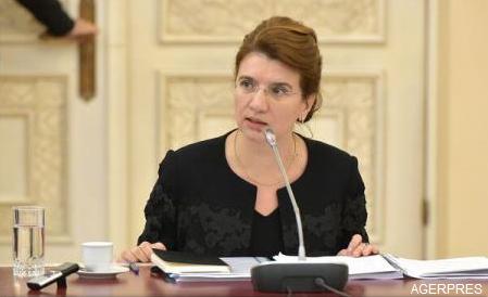 Andreea Păstîrnac a preluat mandatul de ministru pentru Românii de Pretutindeni