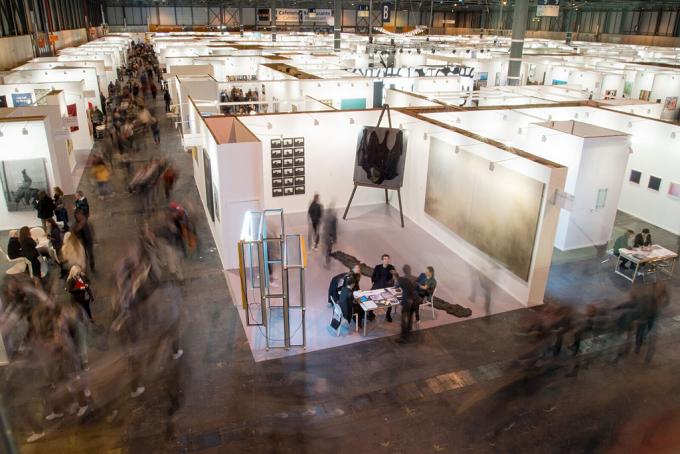 Artiști români reprezentați la cel mai important târg de artă din Spania