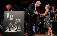 Au fost decernate premiile Ig Nobel 2018, cu o româncă printre laureaţi