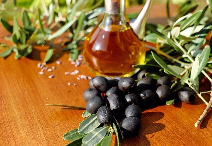 Băuturi, măsline şi avioane pe lista produselor UE sancţionate de SUA