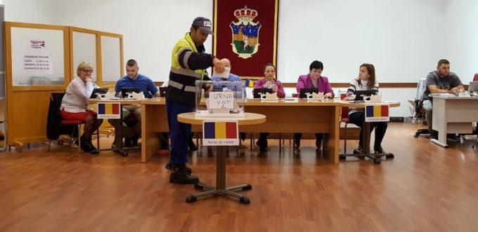 BEC - date provizorii (în ţară): Iohannis - 60,48%; Dăncilă - 39,52%