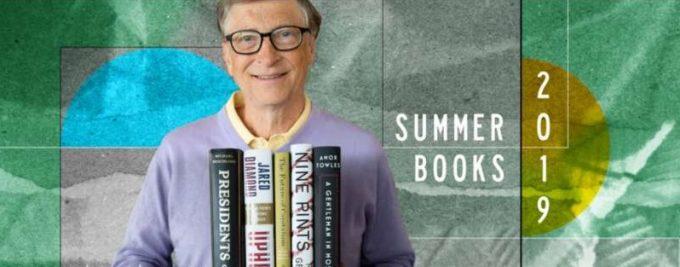 VIDEO: Bill Gates prezintă: Lista cu recomandări de lectură pentru vara 2019