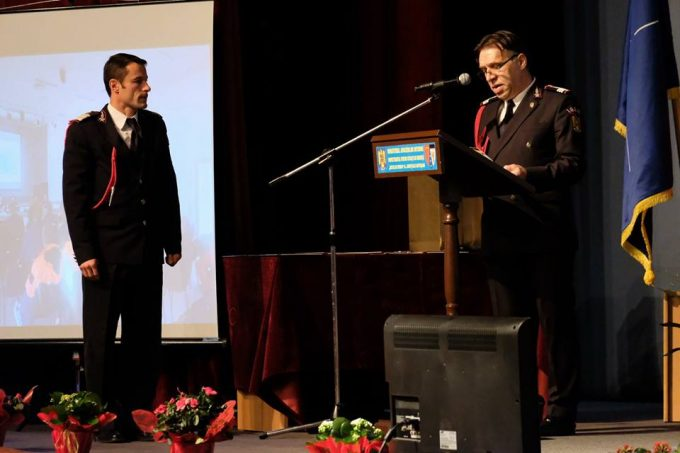 Botoşani: Pompierul Iulian Rotariu, recompensat cu 'Placheta onorifică a IGSU'