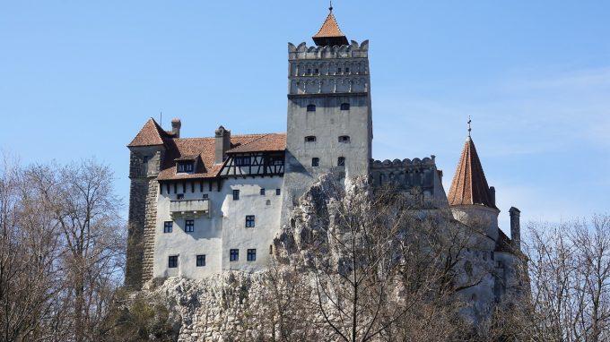 Braşov: La Castelul Bran se deschide, de Sfântul Nicolae, Târgul de Crăciun