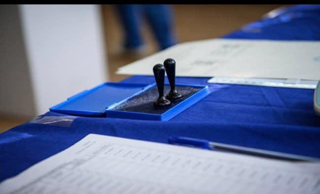 CCR confirmă şi validează rezultatul din primul tur de scrutin al alegerilor