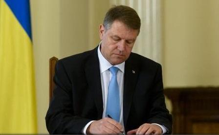 """Caramitru, Țopescu și Ienei - decorați de președintele Klaus Iohannis cu Ordinul """"Steaua României"""""""