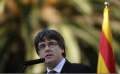 Carles Puigdemont declară că poate conduce Catalonia şi din Belgia