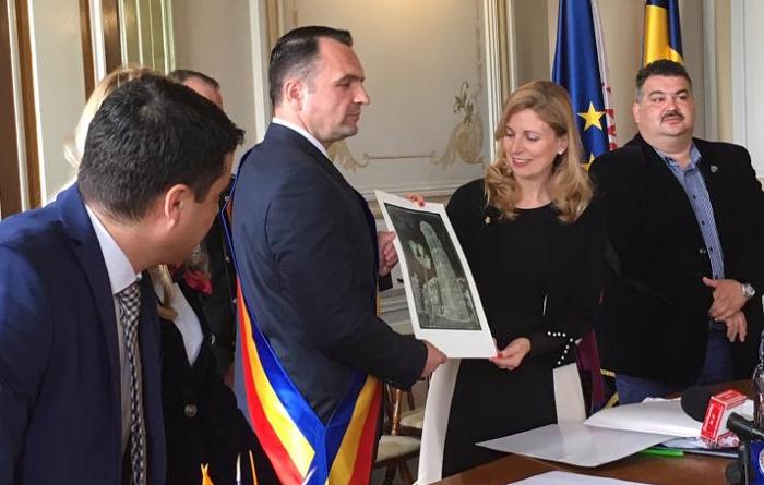 Castelló y Târgovişte intercambian buenas prácticas en la gestión de fondos europeos y proyectos de integración social
