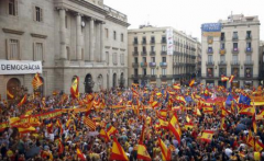 Catalonia: Mii de oameni au demonstrat la Barcelona în favoarea unității Spaniei și împotriva referendumului de independență