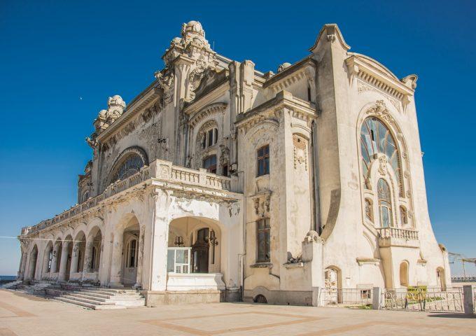 Cazinoul din Constanţa, unul din cele mai periclitate 12 situri de patrimoniu din Europa