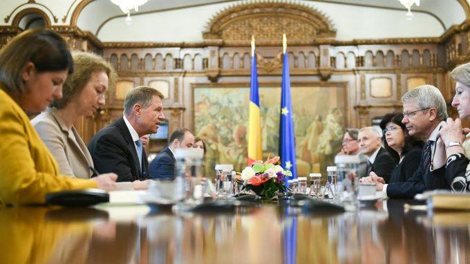 VIDEO: Ce a declarat preşedintele Iohannis, după întâlnirea cu membrii delegaţiei Comisiei de la Veneţia