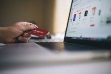 Ce preferă românii când fac cumpărături online?