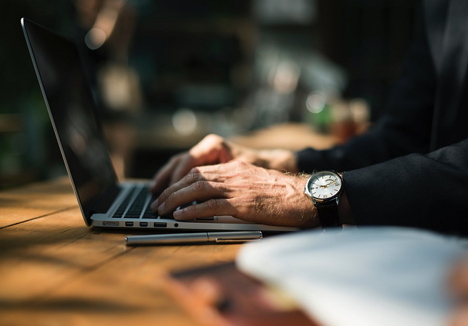 Cererea pentru dreptul la pensie și actele necesare se pot depune online prin e-mail