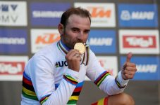 Ciclism: Spaniolul Alejandro Valverde, noul campion mondial la fond