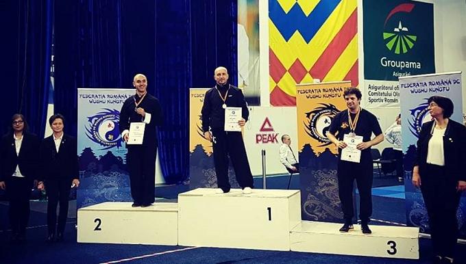 Claudiu Mihăilă a obținut 2 medalii de AUR, la Campionatul Național de Kungfu din România