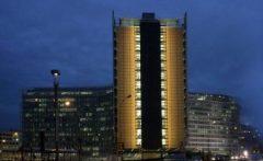 Comisia Europeană: Cinci țări riscă să nu-și îndeplinească obiectivele privind deficitul și datoria în 2018