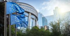 Comisia Europeană pornită să revizuiască practicile băncilor din UE