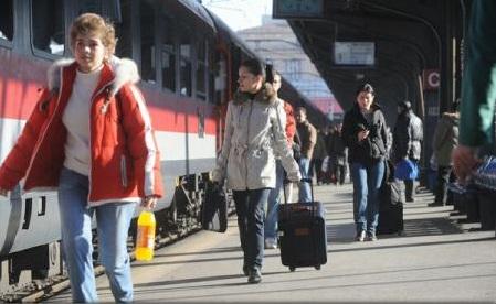 Comunitatea Căilor Ferate Europene apreciază programul prin care tinerii pot călători gratuit cu trenul în UE