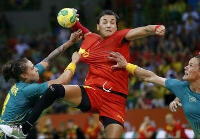 Cristina Neagu, desemnată cea mai bună handbalistă a lumii în 2016 în ancheta Handball Planet