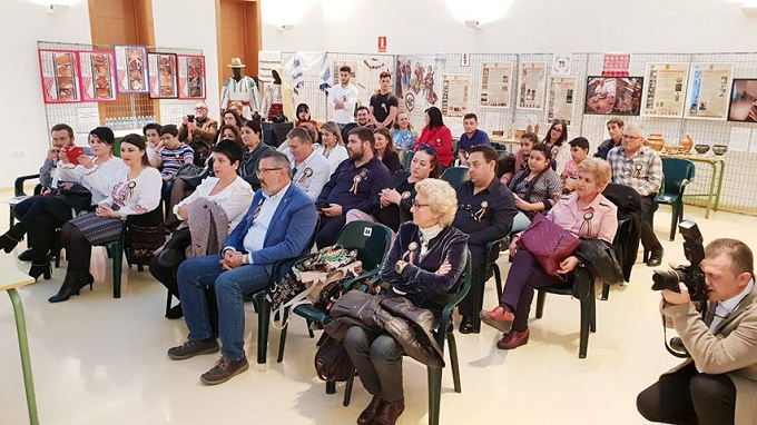 Cultura populară și meșteșugurile tradiționale – punți de legătură pentru românii din Andaluzia