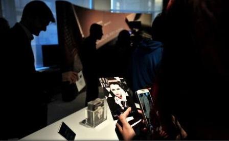 Cum spionează CIA prin intermediul televizoarelor și telefoanelor mobile (WikiLeaks)