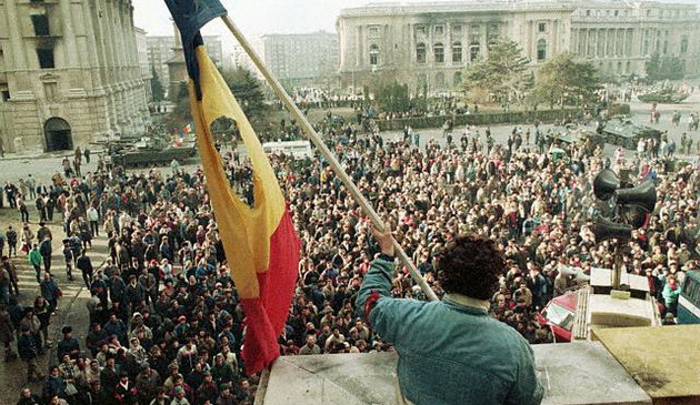 DOCUMENTAR despre Revoluţia Română din Decembrie 1989. Eroii nu mor niciodată