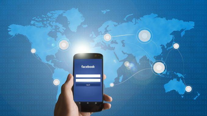 De ce? Facebook a şters pagini, grupuri şi conturi din România partizane PSD