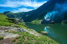 Destinaţii fascinante din România şi străinătate, la Târgul de Turism al României