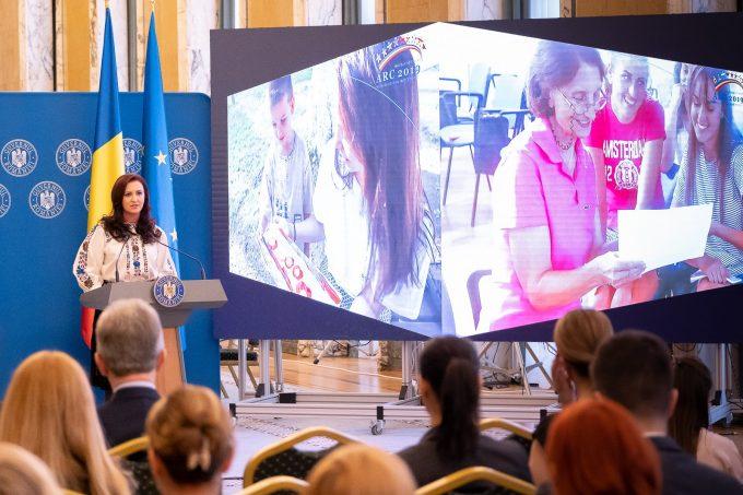 Detalii înscriere - Tabere ARC - program de tabere pentru copii şi tineri români din afara graniţelor