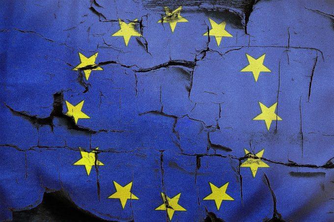 Dezintegrarea UE în următorii 20 de ani, o posibilitate realistă pentru mulţi europeni (sondaj)