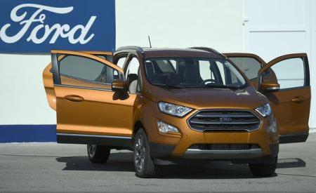 Dolj: Ford a început producția europeană a noului SUV EcoSport la fabrica din Craiova