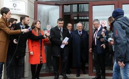 Dosarul 'Revoluţiei' / Acţiunea penală - pusă în mişcare faţă de Iliescu, Voican Voiculescu, Iosif Rus şi 'Cico' Dumitrescu