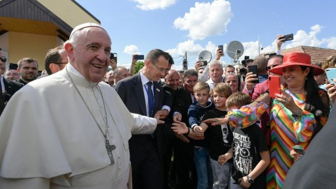 El Papa pide perdón a la comunidad Rom: en la Iglesia de Cristo hay lugar para todos