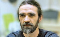 """El escritor rumano Marin Mălaicu-Hondrari en las jornadas """"Variaciones Rumanas en la UGR"""""""