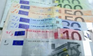Euro ar putea să dispară peste 10 ani, afirmă un fost ministru francez al Economiei