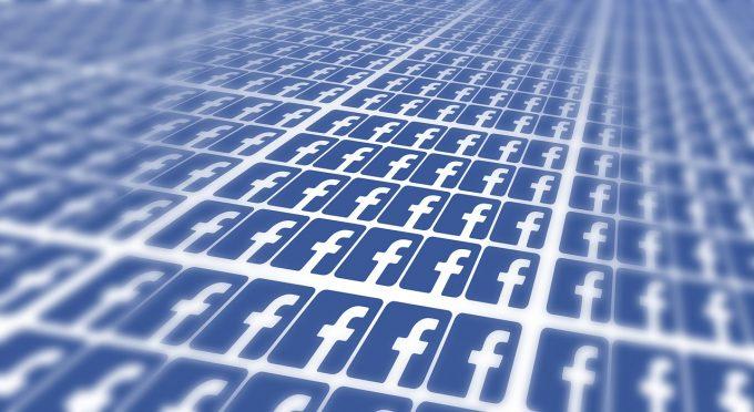 Facebook a stocat pe servere interne milioane de parole fără să le cripteze