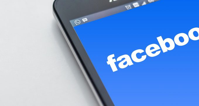 Facebook lansează o aplicaţie prin care utilizatorii sunt plătiţi dacă acceptă să le fie colectate datele