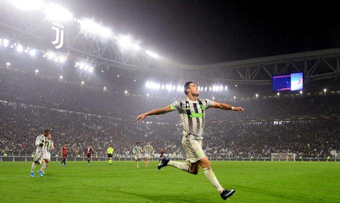Fotbal: Juventus a învins-o dramatic pe Genoa în Serie A, dintr-un penalty controversat