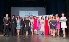 """Gala """"100 pentru Centenar"""" – la Madrid. 10 români din Spania, premiaţi cu distincții simbolice"""