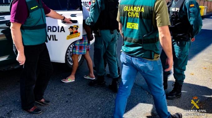 Garda Civilă spaniolă a destructurat o organizaţie infracţională care exploata muncitori din România şi Republica Moldova