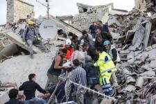 Guvernul alocă ajutoare de urgență: 6.000 euro pentru copiii orfani după cutremurul din Italia