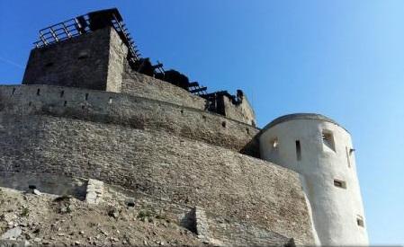 Hunedoara: Cetatea Deva, promovată de operatorii de turism chinezi în circuitele europene