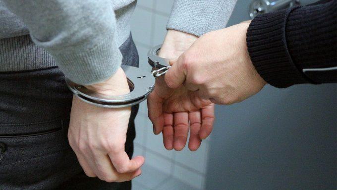 IGPR: Bărbat urmărit în Spania pentru omor, prins de poliţiştii români